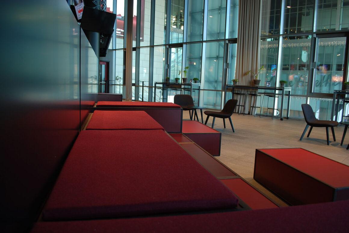 inventar_lounge_nfbio_indretning_proudlypresent