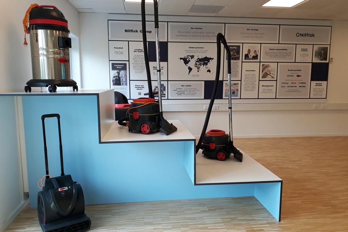 Nilfisk_showroom_indretning_Proudlypresent_3